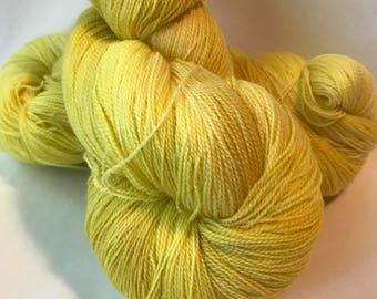 STAPLE Superwash merino lace yarn, Pollen