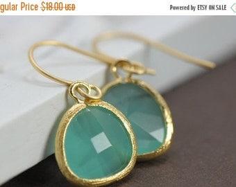 Drop Earring, Dangle Earring, Bridesmaid Gift Idea, Aqua Gold Earrings, Glass Earrings, Bridesmaid Jewelry, Teardrop Wedding Earrings