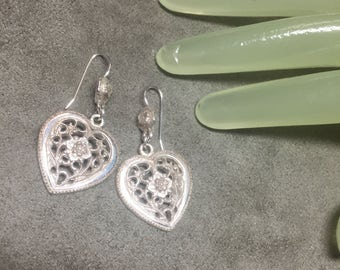 """Vintage 2"""" Silvertone Drop Heart Flower Lace Style Pierced Earrings"""
