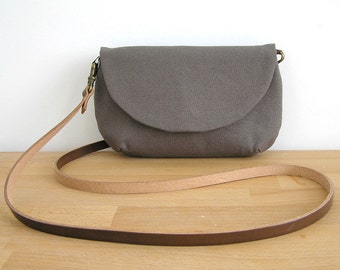 Small Purse in Brown, Cotton Sling Bag, leather strap, Cotton canvas Coach purse, Wee Purse, Bags & purses, Handmade Purse, Travelling bag