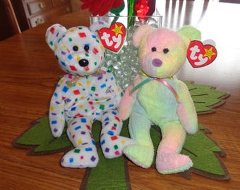 RARE! Retired Ty Beanie Babies Bears Ty 2K and Groovy