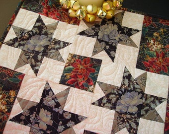 Quilted Christmas Decor, Small Quilt, Candle Mat