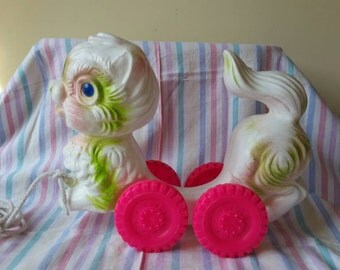 Super kitsch vintage blow mold plastic cat pull toy nursery decor hot pink wheels Mark Ryden style