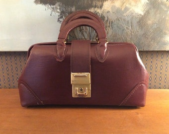 Vintage 1960s McCoy Oxblood Leather Doctors Bag 60s Handbag 25212