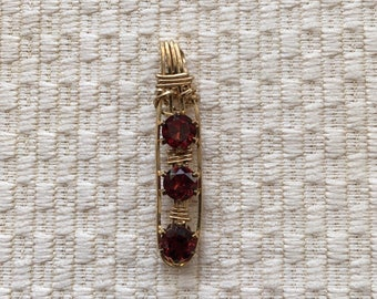Garnet Wire-Wrapped 3 Stone Pendant In 14K