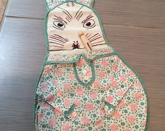 Vintage Bunny Clothespin or Diaper Pin Holder