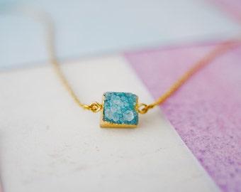 Blue Druzy Necklace, Druzy Pendant, Quartz Gemstone Necklace, Druzy Choker, Rough Gemstone Jewellery, Rough Gems, Blue Gemstone Necklace