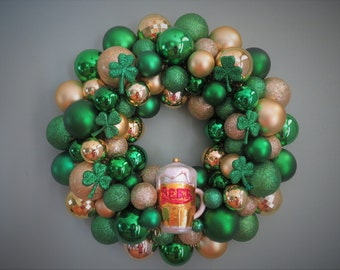 ST. PATRICK'S Day Wreath Ornament Wreath with Shamrocks and Beer Mug