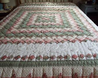 Vintage Shabby Cottage Chic Comforter with Battenburg Lace