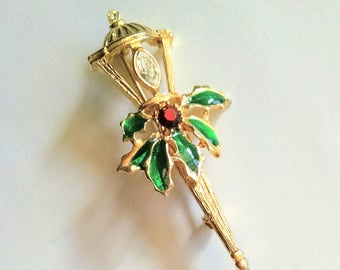 Christmas Lamp Post Pin with Holly Gold Tone Green Red Enamel Vintage Jewelry Jewellery Accessory Traditional