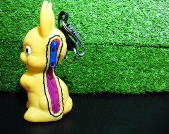 Vintage rabbit snap-hook pouch