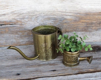 2 Brass Watering Cans Small and Minature Decorative Watering Cans Brass Planter Farmhouse chic Garden Decor