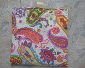Pretty Paisley Reusable Sandwich Bag, Reusable Snack Bag, Washable Treat Bag, Cosmetic Bag, Purse Organizer with easy open tabs