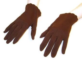 60s Brown Gloves Wrist Length Gloves Dark Brown Gloves 1960s Classic Gloves Scalloped Hem Short Brown Gloves Boxed Fingers