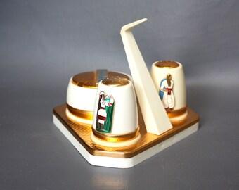 Vintage 1970s Cruet Set. Salt Pepper Mustard Set. Plastic Golden Folk Kitchen. Midcentury Modern Kitchen Tableware.