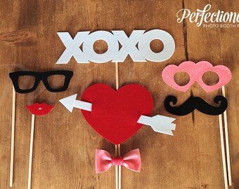 Love Photo-Booth Prop Set of 7 | Valentines Props | Valentine's Day Photo Booth