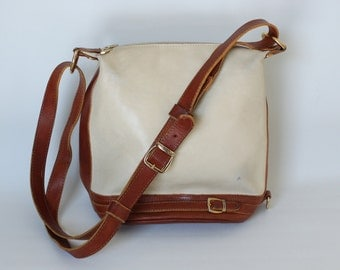 Vintage Valentina  Brown and White Leather Purse Made in Italy