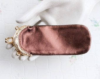 Thin Coin Purse with twist Clasp - Vintage Golden Brown Leather Wallet