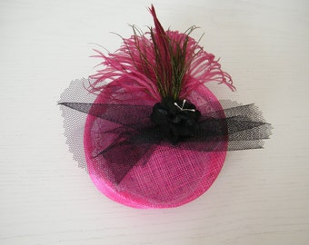 mini hot pink summer hat / pink cocktail hat / feather hat / special event hat / occasion hat UK