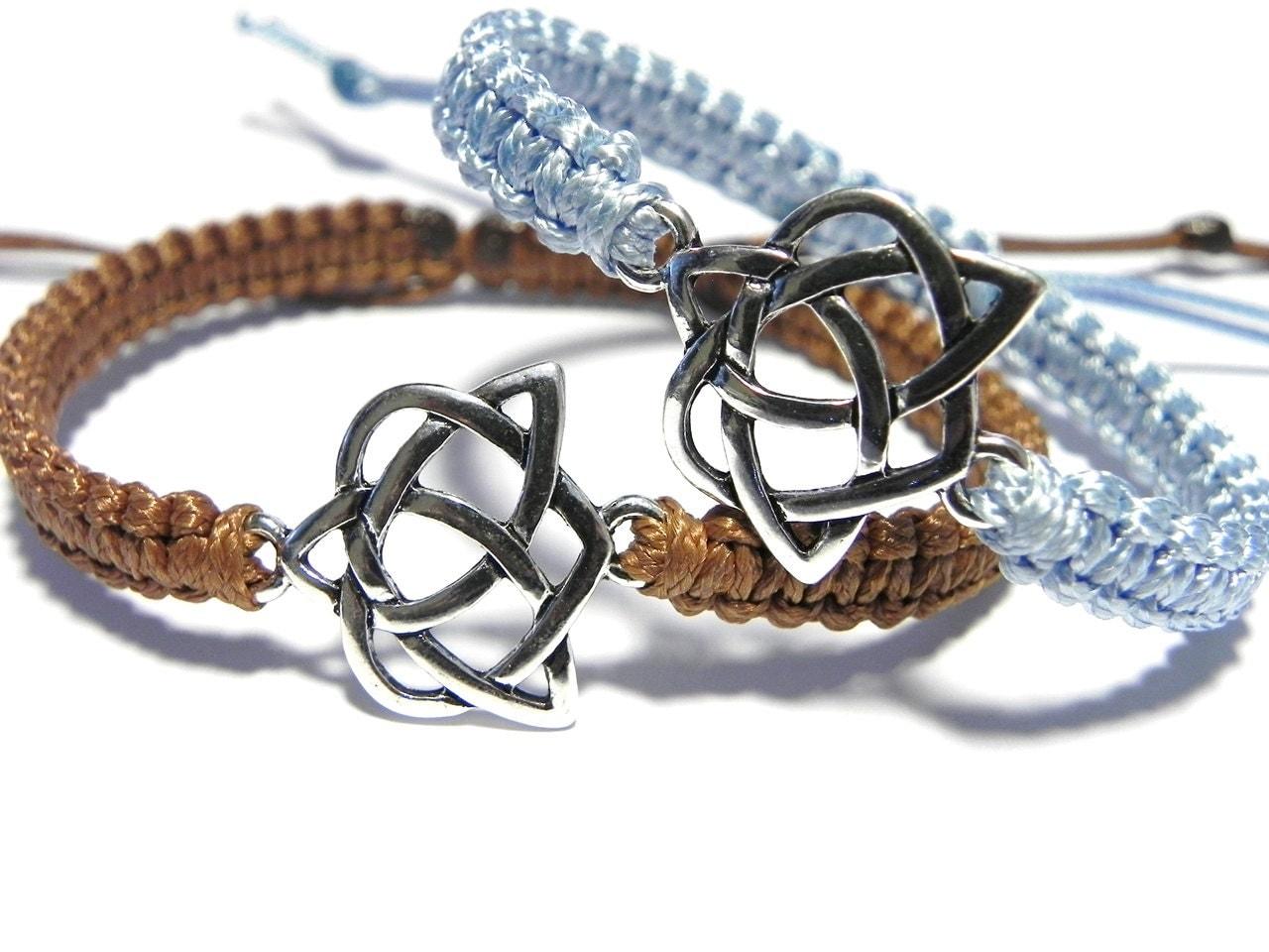 celtic knot bracelets matching couple bracelets celtic love. Black Bedroom Furniture Sets. Home Design Ideas