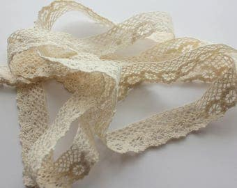 "1"" Crochet Lace Trim - Beige - 3 Yards"