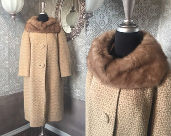 Vintage 1960's Tan Wool Swing Coat with Mink Collar XXL