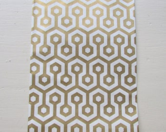 "Set of 10 METALLIC GOLD and White Honeycomb Bitty Bags (2.75"" x 4"")"