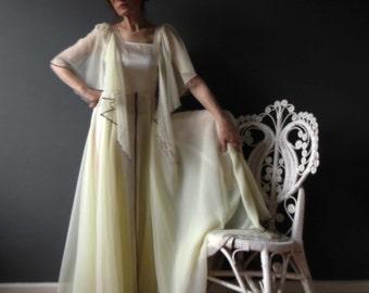 Vintage 70s Bohemian Lemon Ivory Butterfly Sleeve Layered Dress House Of Merivale 10