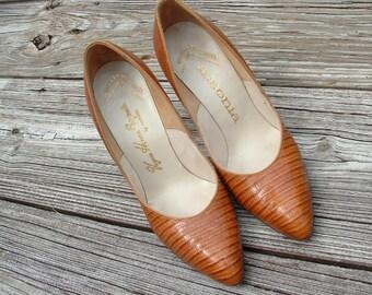 1950s REVLON reptile shoes- soft tannishbrown GORGEOUS design  excellent cond by ansonia