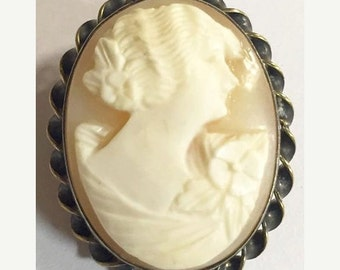 Vintage Gold Filled Shell Cameo Brooch by Amco