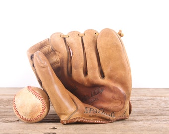 Old Leather Baseball Glove / Youth Vintage Baseball Glove / Spalding Carlton Willey Baseball Glove / Antique Baseball Glove / Old Glove