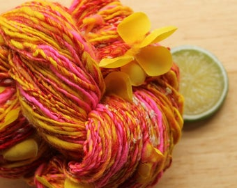 Lei - Handspun Merino Wool Yarn with Flowers Yellow Red Pink