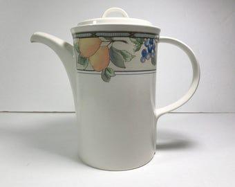 Mikasa Intaglio Garden Harvest 5-Cup Coffee Pot