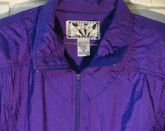 80's purple Sunterra windbreaker with padded shoulders size M