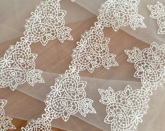Beautiful Bridal Lace Trim Venice Hollowed Lace in Ivory for DIY Wedding Gown Jewelry Supplies