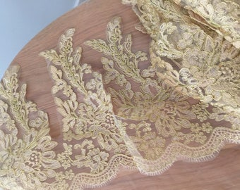 Vintage Style French Alencon Lace in Light Gold Scalloped  Lace Trim for Bridal, Embroidered Retro Tulle Lace Wedding Veil Bridal Lace Trim