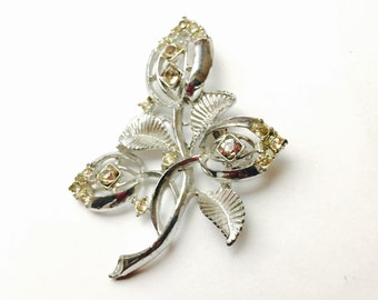 Vintage Flower Brooch,  Rhinestones,  Silver tone, Holiday Sale, Item No. B810