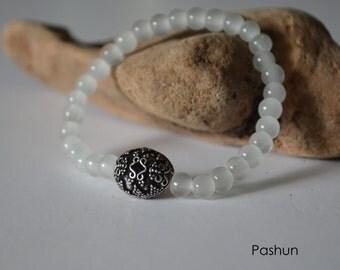 Seashell Jewelry … Beaded Glass Bead Stacking Bracelet (1403)