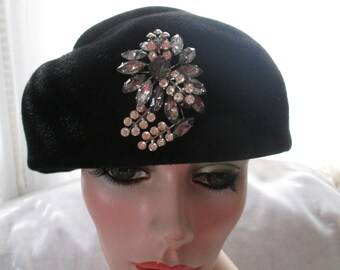 1950's Ladies Black Wool Felt HAT With Large Front Brooch by Deluxe Velour