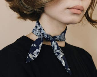 See Love Doux Neck Scarf - Navy Paisley