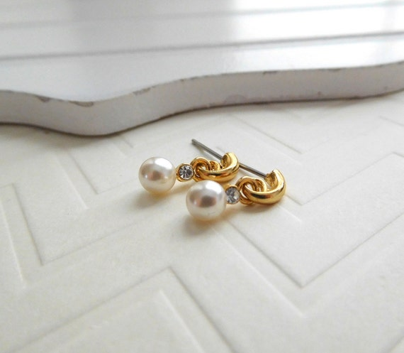 Retro Vintage Tiny White Faux Pearl Rhinestone Gold Hoop Dangle Earrings II44