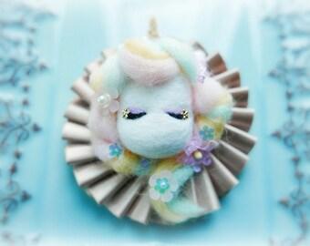 Beautiful magical unicorn bag charm, needle felt unicorn rosette badge, whimsical handmade animal brooch, kids birthday gift, gift under 25