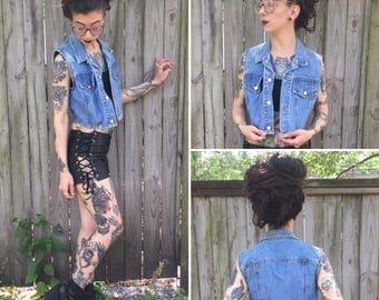 Vintage M L Light wash Bongo Jean Vest Crop