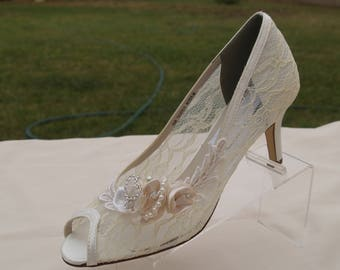 Modern Cinderella Wedding Shoes IVORY See Thru Lace  - Mid heel Peep Toes Hand Embellished pearls & crystals heart, Lace Pump, Open Peep Toe