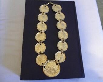 Vintage 1970's Bold Chunky Goldtone Necklace