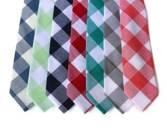 Gingham Necktie~Anniversary Gift~Wedding Tie~Boys Necktie~Mens Necktie~Wedding~Mens Tie~Boys Tie~Groomsmen~Groom~Ringbearer~Father of Bride