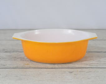 Vintage Pyrex Orange 1 1/2 Quart 043 Casserole Dish Made In USA