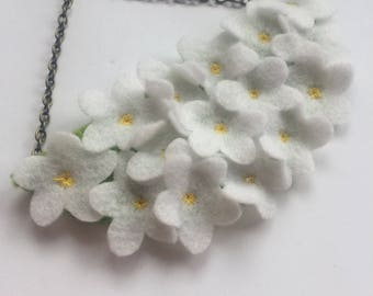 Daisy Patch Statement Necklace - Daisy Flower Necklace