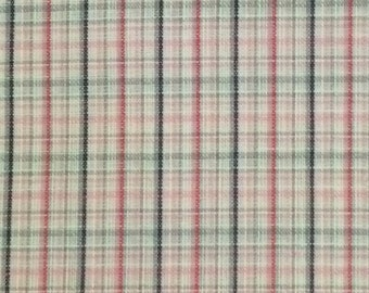 Pink Plaid Fabric / Pink and Gray Plaid Fabric / Plaid Fabric / Loose Weave Fabric / Vintage Plaid Fabric / Quilting Fabric