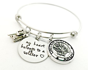 My Heart Belongs to a Soldier Expandable Bangle - Army Bracelet - Deployment Military Wife Jewelry - Army Wife Girlfriend Fiance Gift